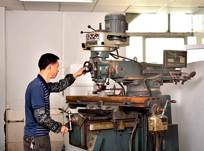 machine for custom bag factory