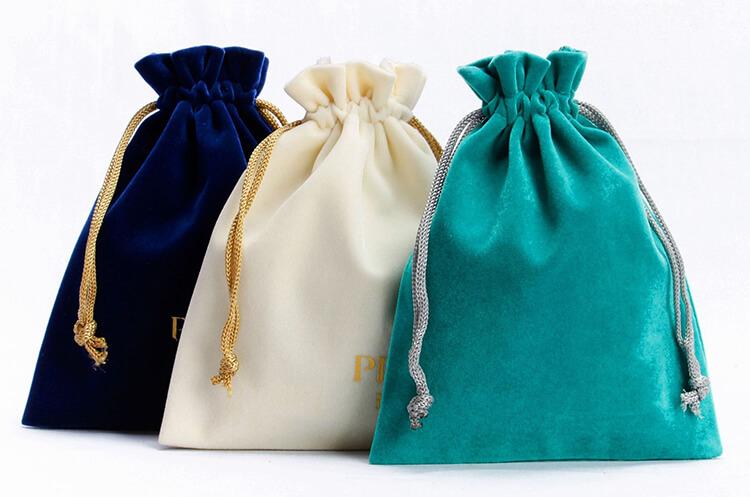 different color of custom Velvet Drawstring Bags Wholesale